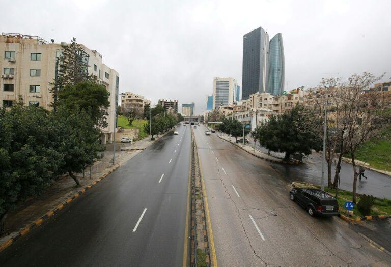 خبرنگاران منع آمد و شد در اردن با شیوع کرونا