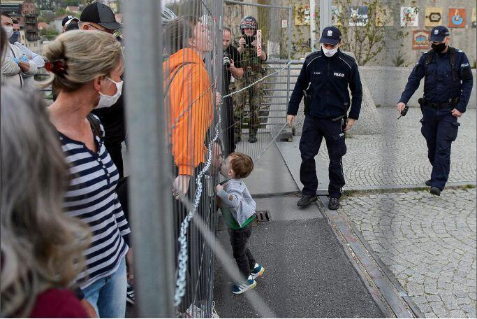 خبرنگاران افزایش جنایت و خشونت علیه بچه ها در آلمان
