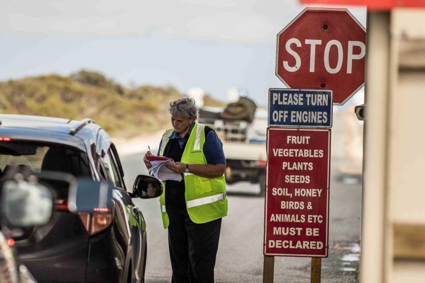 ممنوعیت ورود مسافران خارجی به استرالیا تا سال آینده