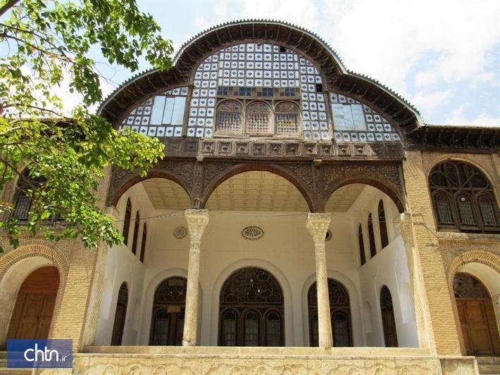 3 باب اروسی عمارت مشیر دیوان سنندج بازسازی می گردد