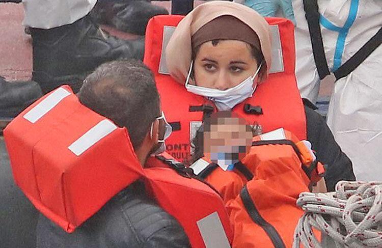 بسته های طلایی، نقره ای و برنزی قاچاقچی هان انسان برای انتقال پناهجویان به اروپا