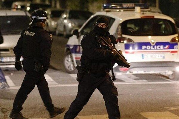 2 افسر پلیس فرانسه در حادثه تیراندازی زخمی شدند