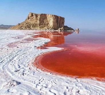 ارائه طرح نوین آبیاری برای جلوگیری از انتشار گرد و غبار دریاچه ارومیه
