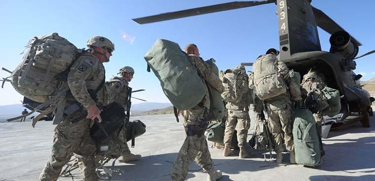 دستور خروج نیمی از نظامیان امریکایی از عراق و افغانستان