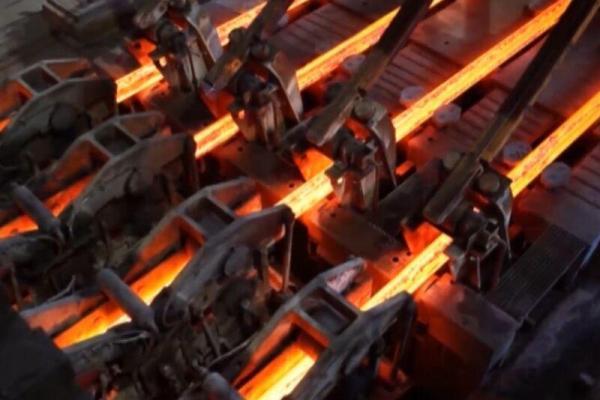 خبرنگاران فولاد هرمزگان باتولید 139 هزار تن تختال رکورد جدیدی ثبت کرد