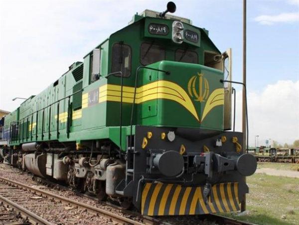 خبرنگاران قطار زاهدان - کرمان به ریل بازگشت