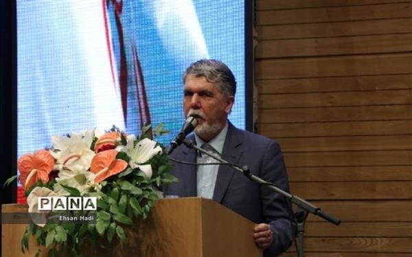 تئاتر تجلی باور آدمیان برای پیروزی بر تنگناها است