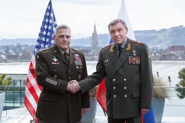 روسای ستاد ارتش روسیه و آمریکا درباره اوکراین گفت وگو کردند