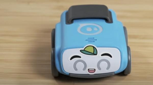 ربات خودرویی به بچه ها برنامه نویسی می آموزد