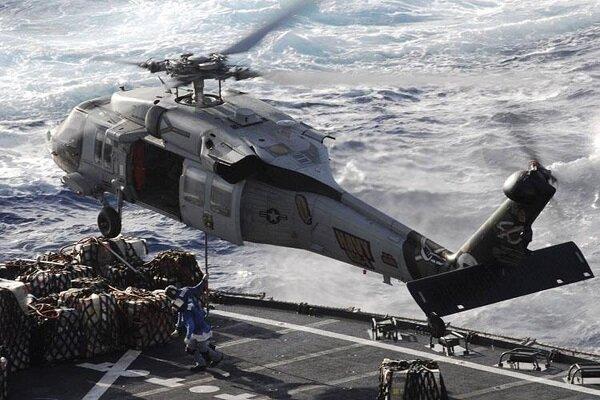 5 ملوان مفقود در حادثه سقوط بالگرد نظامی آمریکا، کشته شده اند